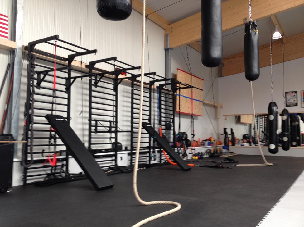 how to make a metal gymnastics bar